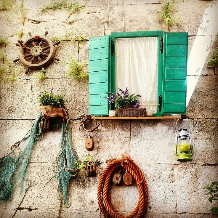 Split, Croatia  A Capella Cafe
