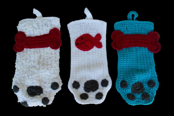 Crocheted Dog Paw or Cat Paw Christmas Stocking by SutakuBoutique on Etsy