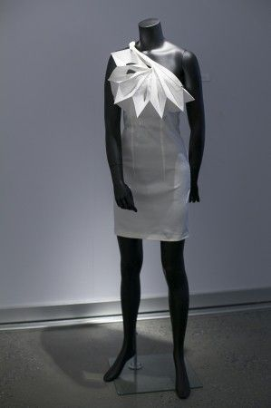 """""""Jigsaw"""" by Hana Coufalova, Czech Republic; at the Surface to Structure origami exhibit at Cooper Union, NYC, June 19, 2014. (Samira Bouaou/Epoch Times)"""
