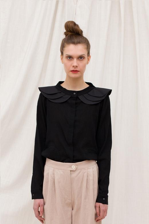 Licia Florio - Those shoulders!