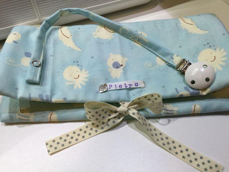 Set porta ciuccio e busta cambio pannolini maschietto - pacifier holder and diaper pouch