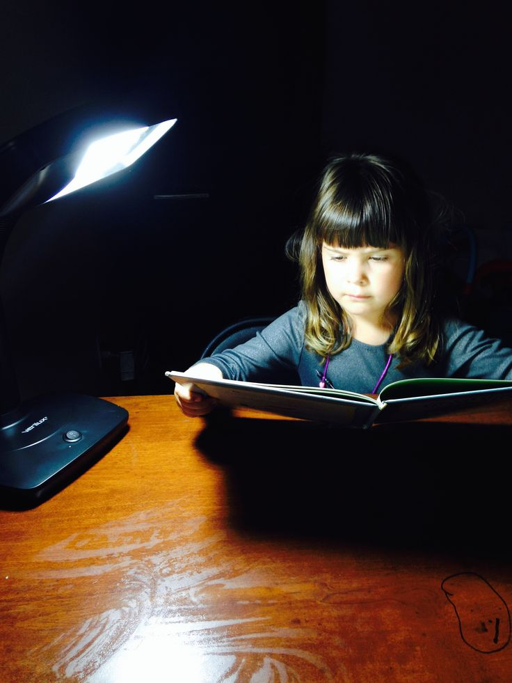 Verilux SmartLight Desk Lamp for Learning - Helps with eye strain and  fatigue - IE Mommy