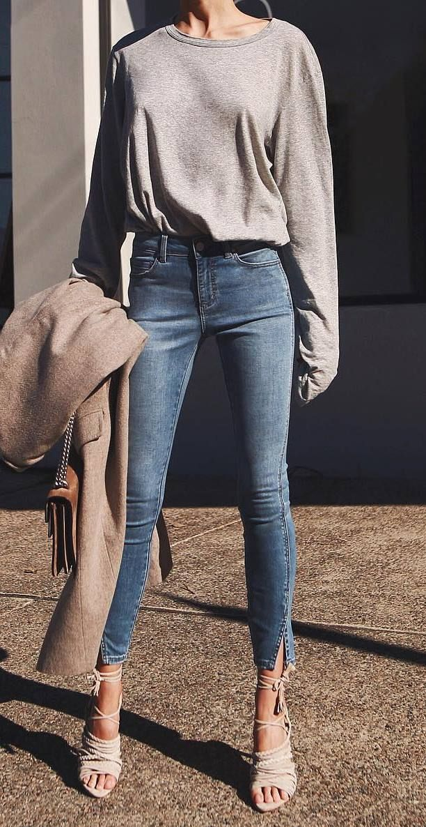 trendy+outfit+idea+:+grey+sweatshirt+++coat+++skinny+jeans+++heels