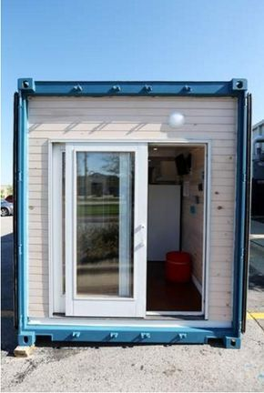 Kirkwood, Iowa students have built this container tiny house, which they are now auctioning off. According to The Gazette, 18 Kirkwood Community College's Architecture, Construction and Engineering…