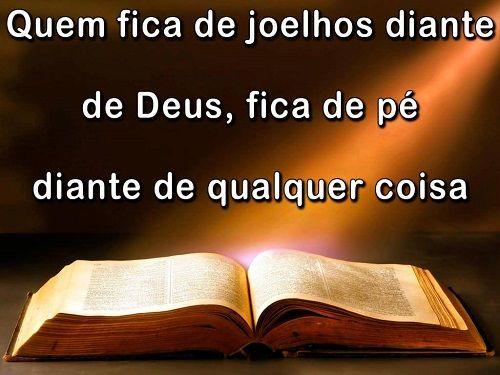 Quem fica de joelhos diante de Deus, fica de pé diante de qualquer coisa. Leia a Bíblia, seja um Jovem de Fé http://www.tinguiteen.com