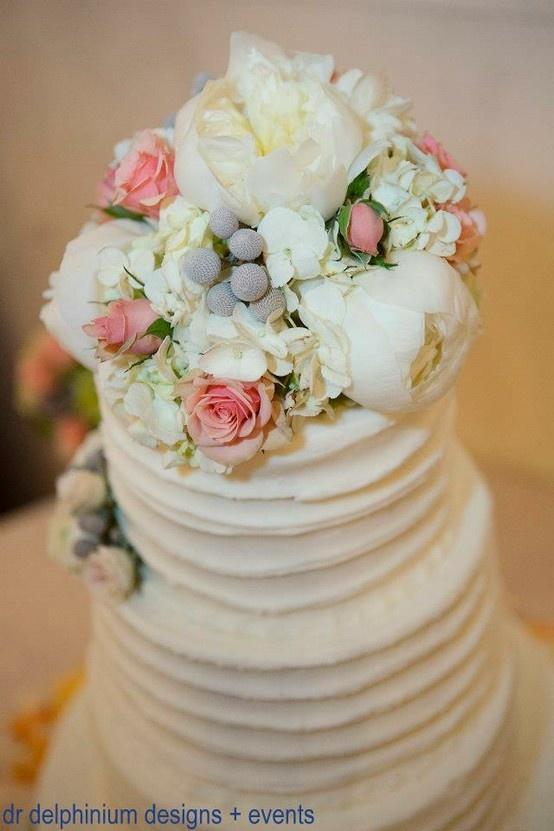 Vintage wedding cake, Dr Delphinium