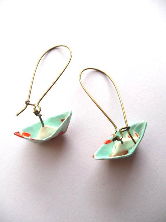 Boucles d'oreilles bateaux en origami_Origami boats earrings