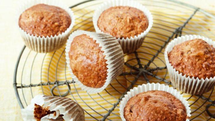 Deze muffins mogen niet ontbreken bij een ontbijt of lunch. Dankzij het havermeel en de muesli krijg je energie en kracht van deze heerlijke traktatie. Vergeet de amandelmelk niet toe te voegen, dan staat je een ware smaaksensatie te wachten!