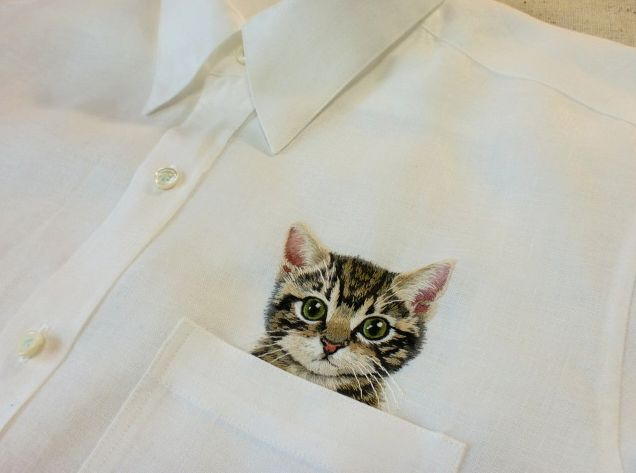 Kitty cat embroidered pocket by Hiroko Kubota