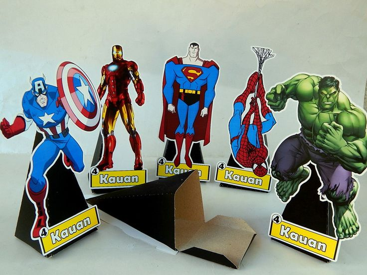 cone-com-display-super-herois-hulk.jpg (800×600)