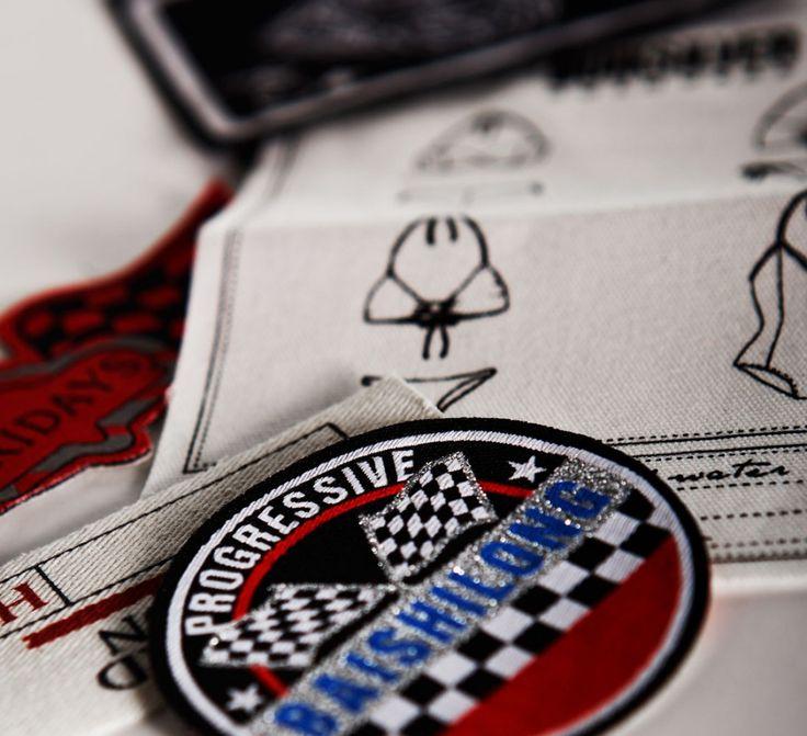 Broderad badge i din stil till marknadens bästa pris!