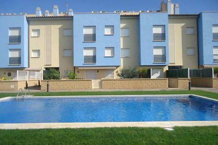 Bekijk deze fantastische advertentie op Airbnb: Duplex Orquidea with pool in Els Griells