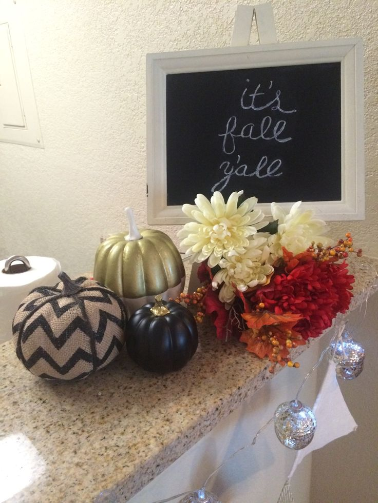 Find This Pin And More On Seasonal Decor Ideas By Caitlinmeade.