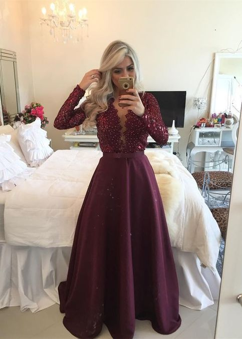 Glamorous Prom Dress Long Sleeve Beadings Appliques Burgundy Backless Lace Prom Dresses 2017 Long gown For Teens