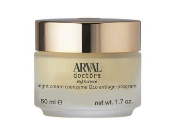 Crema da notte contro l'invecchiamento precoce della pelle. Rinforza le autodifese reintegrando il patrimonio lipidico della pelle contrastando la comparsa di rughe.