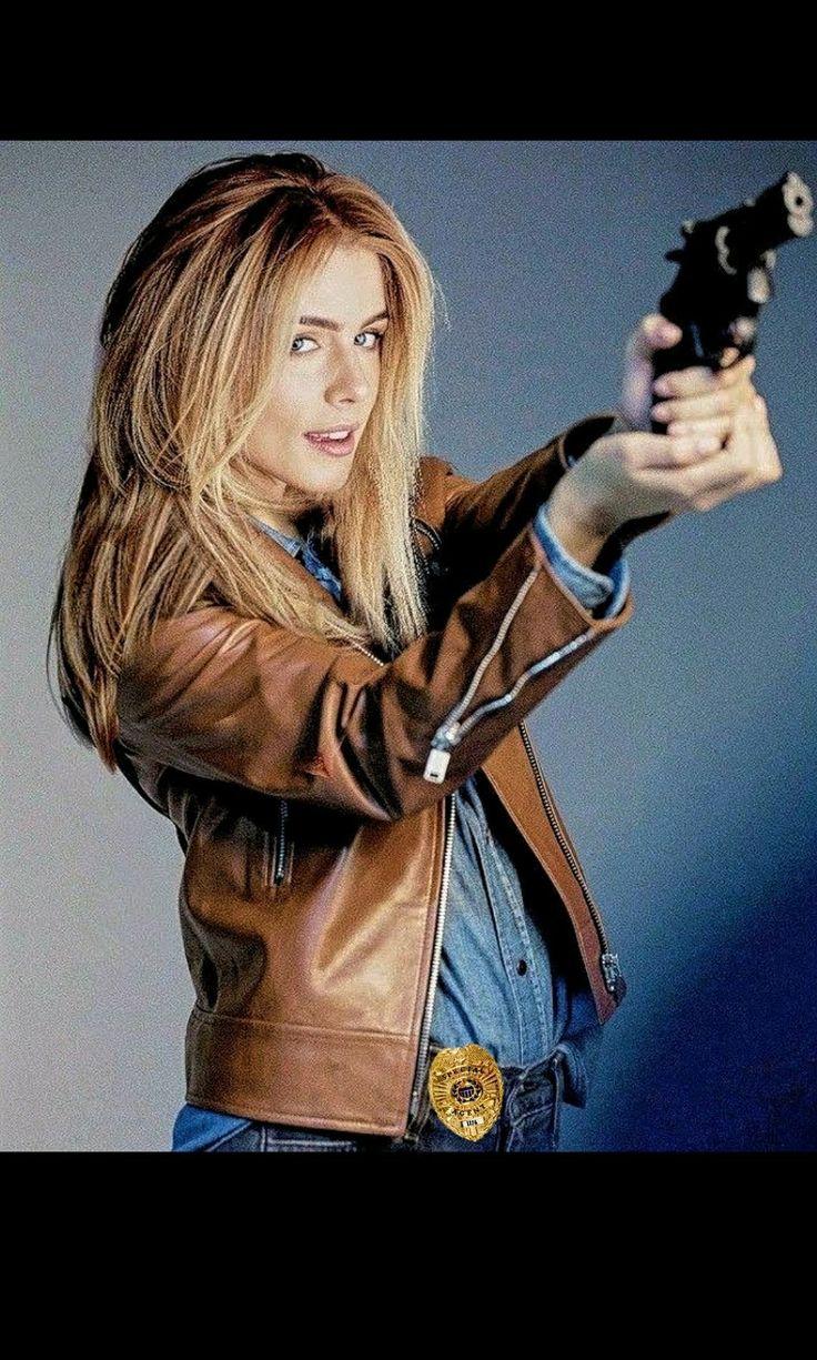 Emily Bett Rickards, Special Agent 1176.