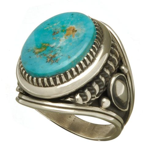 Bague Navajo turquoise morenci et argent. Available online. http