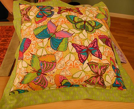 Envelope Pillow with flange edging finishshown 18 Its