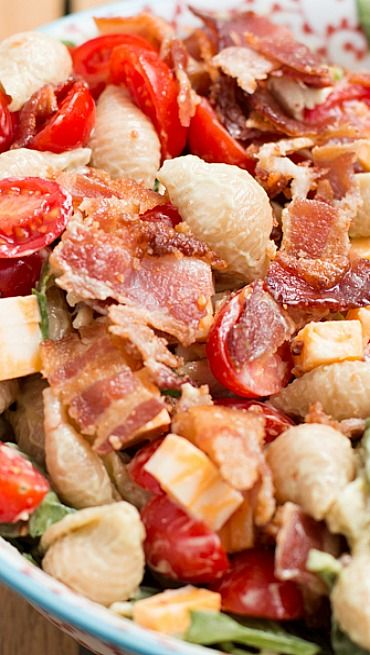 California Club Pasta Salad. OMG, this looks delicious. Must try. #food #yummy #delicious