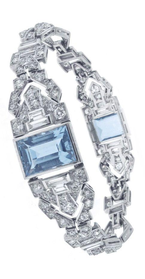 An Art Deco platinum, diamond and aquamarine bracelet, French, circa 1925.