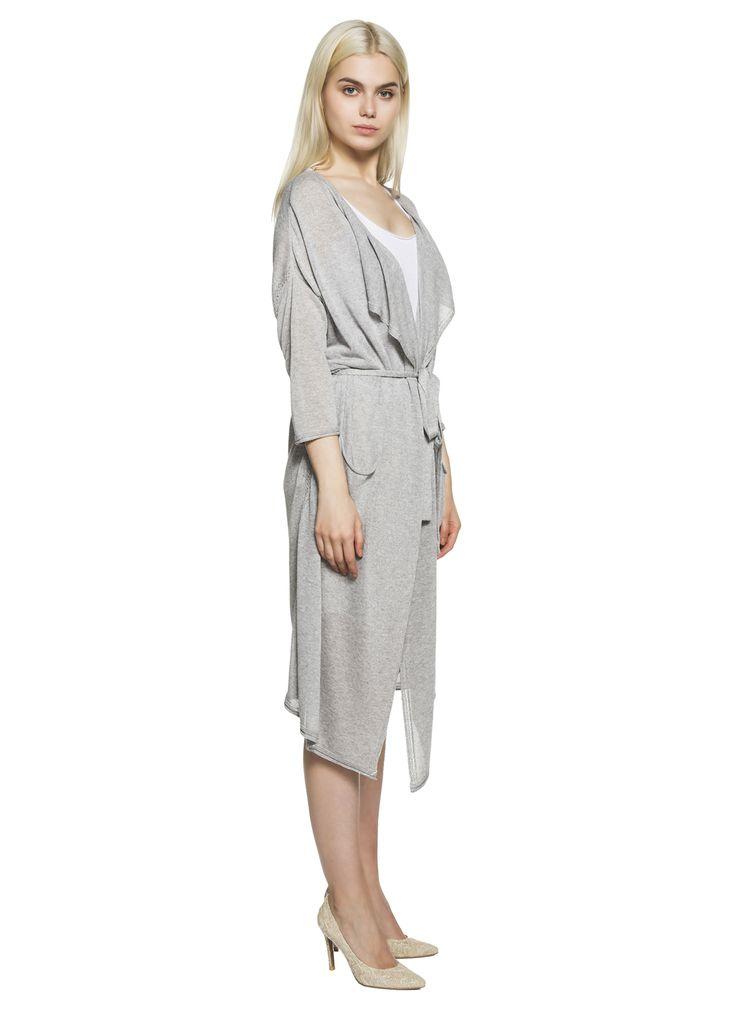 Интернет-магазин эксклюзивной одежды BRUSNiKA в Москве: купить вязаные вещи для женщин