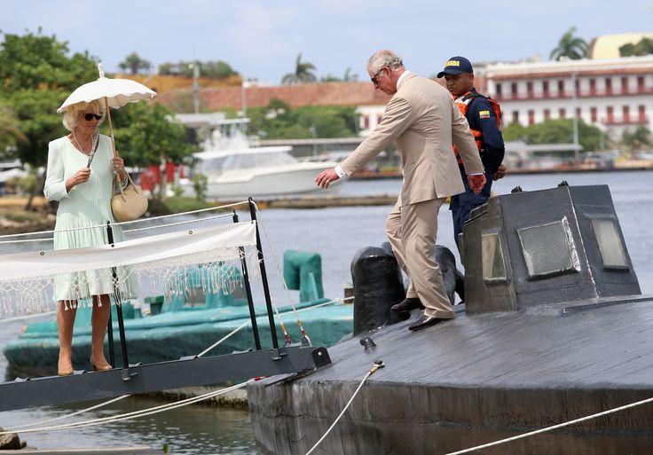 Visite des gardes côtes et les bateaux qui servaient pour transporter la drogue.