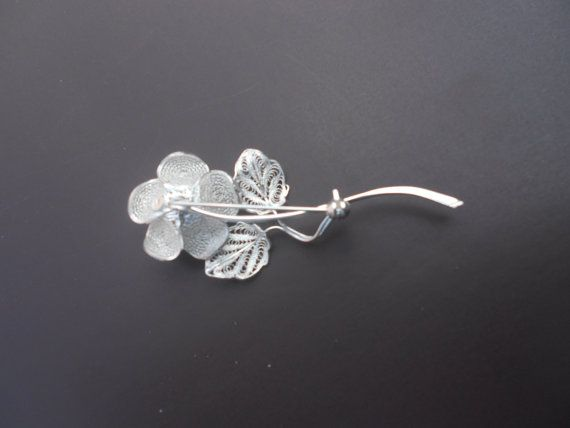 Thea Rose Silver Filigree Brooch by BongeraFiligrana on Etsy