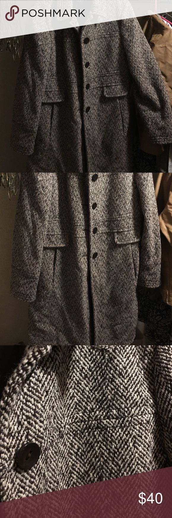 Women's knee length wool coat Women's size 16, brown & cream colored wool dress coat. Great shape, only worn about 5 times Larry Levine Jackets & Coats Pea Coats