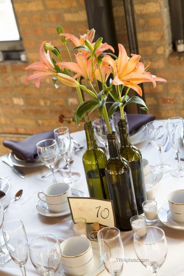 Faça das suas garrafas de vinho velhas, centros de mesa ~ Decoração e Ideias