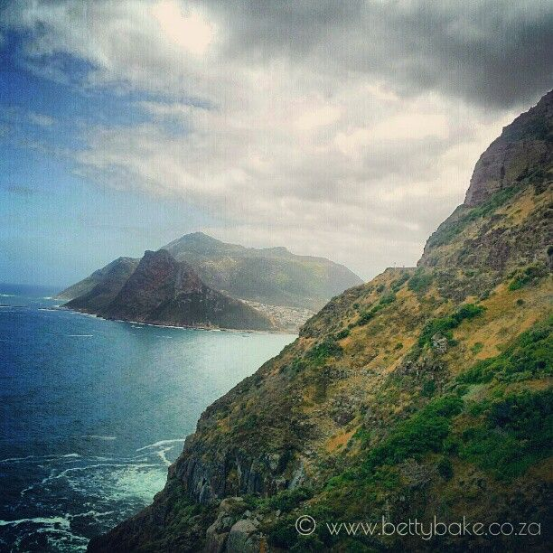 #chapmanspeak is a beautiful drive in #capetown , South Africa /  Photo by http://instagram.com/bettybake/
