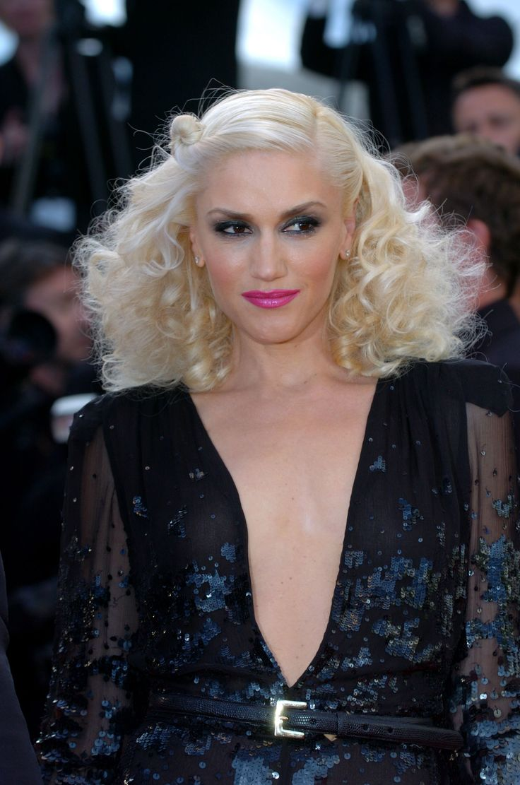 Gwen Stefani 70s Hair Trends Made Modern Saturday Nite Fever