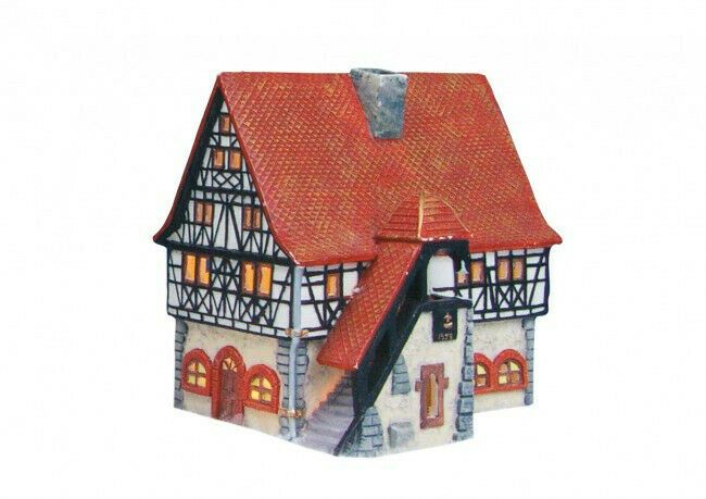 G Wurm Rathaus In Schifferstadt Aus Porzellan Lichthaus Windlichhaus Lichthaus Teelichthalter Schifferstadt