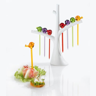 Perfect for Spring buffets, this pick holder set from Koziol has a cute design. The stand is a white tree, with the picks designed to look like long-tailed birds perched on the branches.