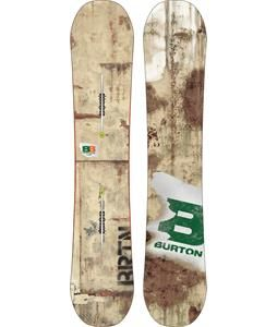 Burton Blunt Snowboard is a lightweight board built to allow you to go anywhere and pull off anything. The Blunt is suited for #freestyle all-mountain, #powder, and freeride #snowboarding. Its extruded base means that no matter where you go, you won't have to worry too much about damage to your board. The Blunt also comes with a dense all-wood core that will give you great vibration reduction and sturdiness. A soft to medium flex means this board has enough pop to satisfy anyone who likes…
