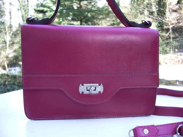 Vintage Handtaschen - Handtasche, lila, violett, Radio, 70er, Vintage - ein Designerstück von Speicherfunde bei DaWanda