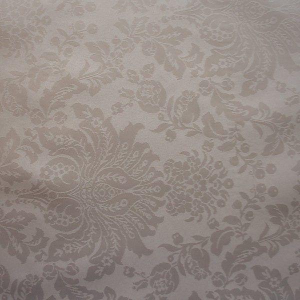 Gecoat tafellinnen Bruin Barok - Heel elegant gecoat linnen tafelzeil in een sjieke beige/bruine kleur. Dit tafelzeil uit heeft de uitstraling van het echte klassieke linnen tafellaken, met het gemak van een afwasbaat tafelzeil. Dit tafellinnen is van goede kwaliteit en valt zeer soepel om uw tafel. Het geweven tafellinnen is opgebouwd uit een samenstelling van katoen en polyester en heeft een soepel acryl laag die het tafelkleed makkelijk afwasbaar maken.  Dit tafelzeil is machinewasbaar...