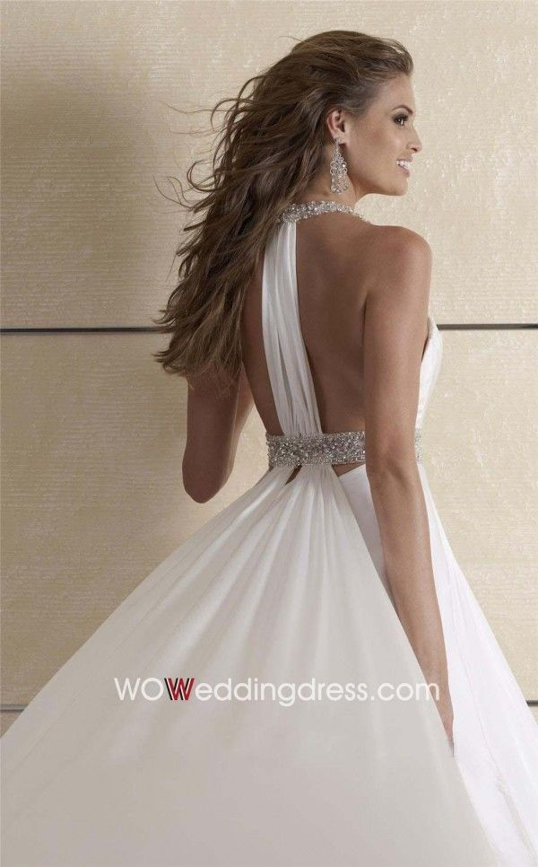 Beach wedding dress idea