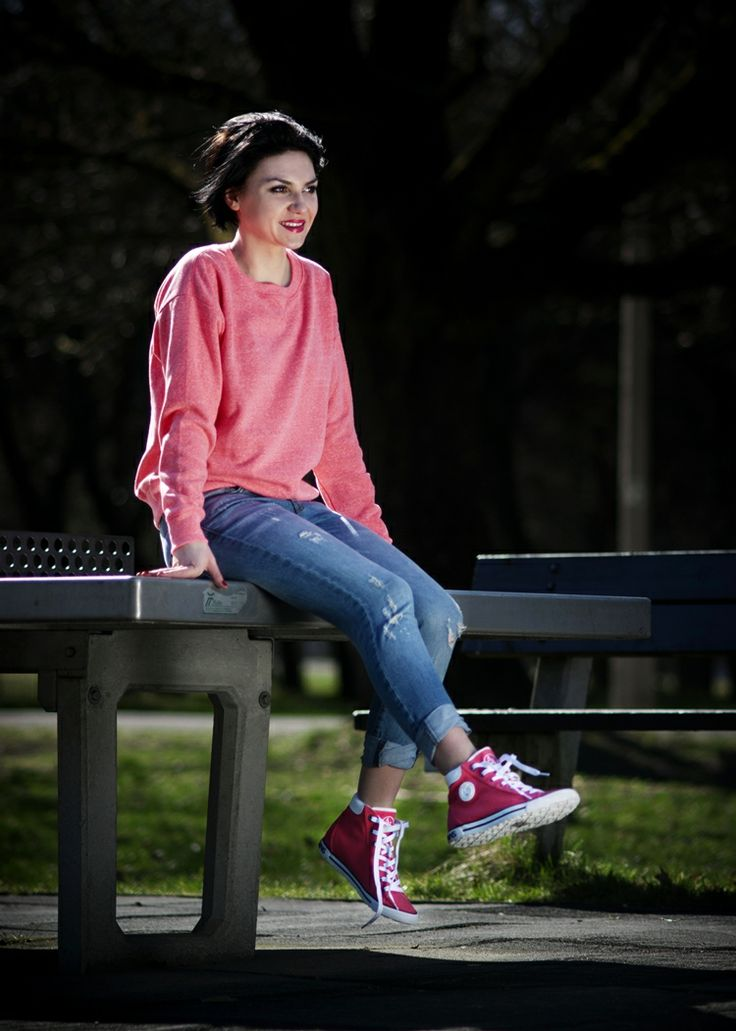 Photo by : Katarzyna Mikołajczak Photography   Buty : http://zebra-buty.pl/model/4164-damskie-trampki-armani-jeans-v5506-fuxia-2041-023