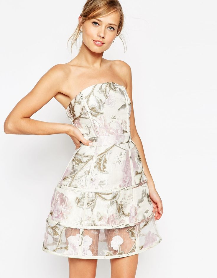 Immagine 1 di ASOS SALON - Prom dress in organza e jacquard a fiori con motivo a gabbia