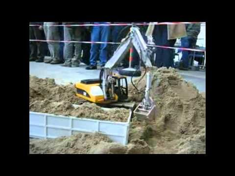R/C Cat 318 Mobile Digger - RC Construction Equipment