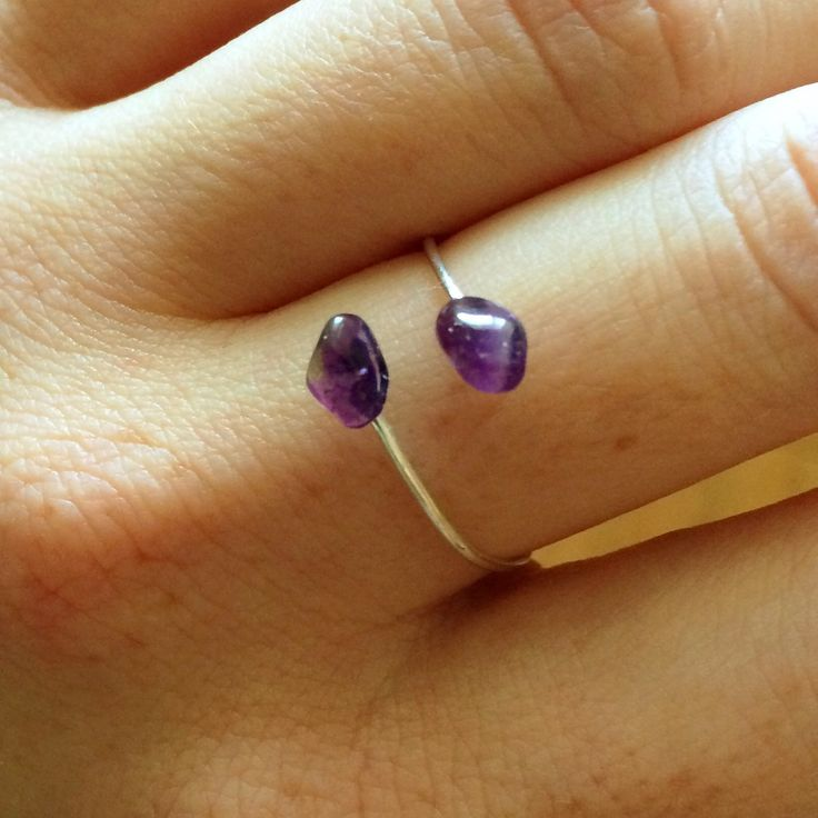 Amethyst (the stone of February) is known for its healing properties. I love it- the ring and the stone❤️