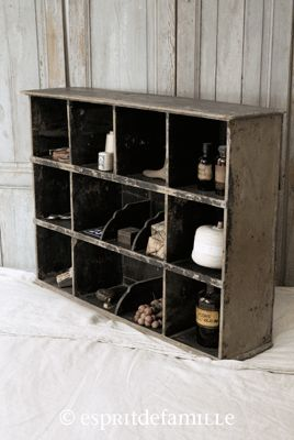 17 best images about old crate box projects on pinterest for Brocante industrielle en ligne