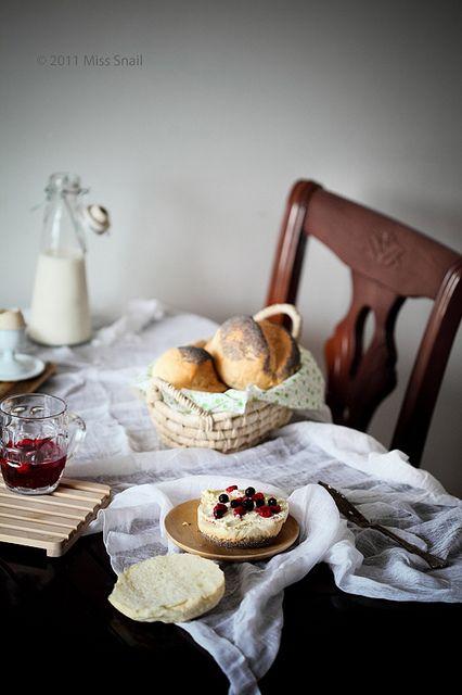 Beautiful setup - love the mood here by @Vivian Dony An