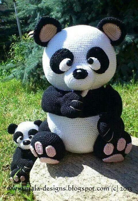 Pandas gigantes amigurumis