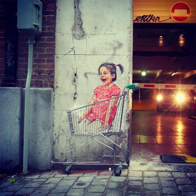 Now that's Street Art! - Ernest Zacharevic / #StreetArt