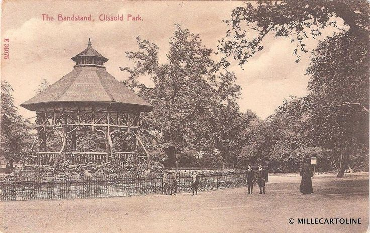 1907 - The Clissold Park bandstand next to Clissold House. It was burnt down and subsequently removed in 1965.