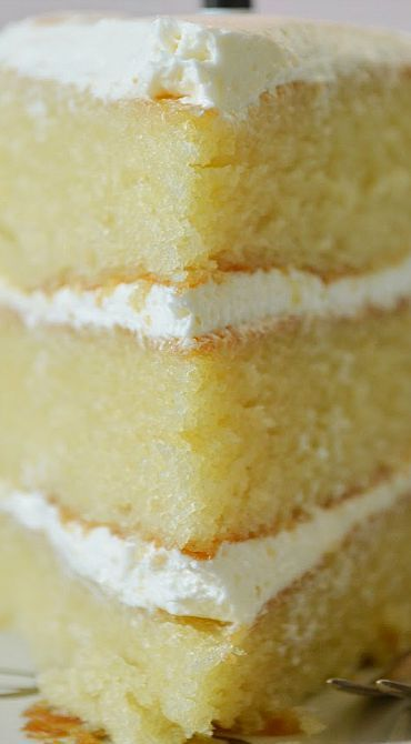 Vanilla Cake with Buttercream Frosting   – baking