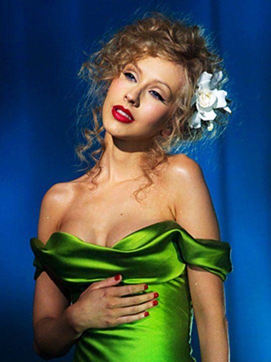 Burlesque. Christina Aguilera- Bound to you                                                                                                                                                                                 More