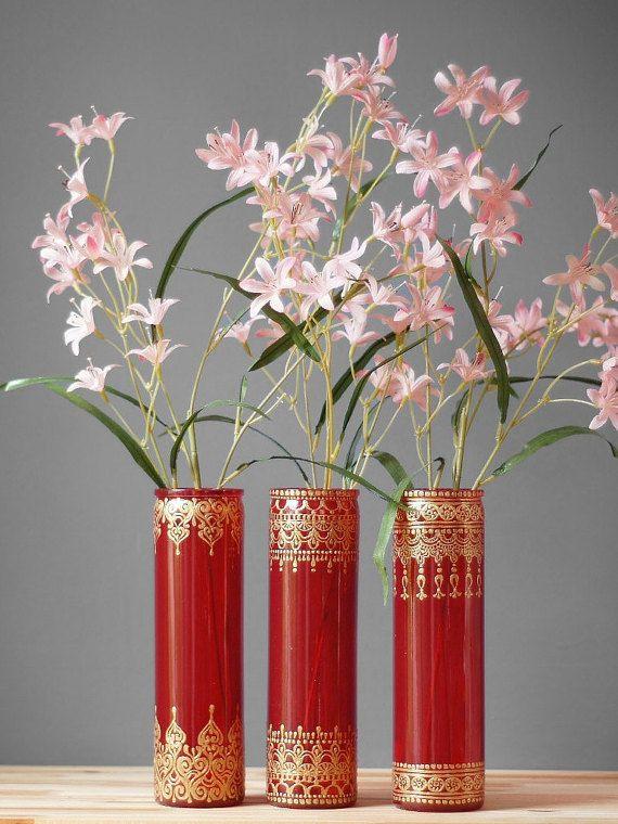 Vases en verre de Bohème, Scarlet vitres teintées avec des Accents d'or