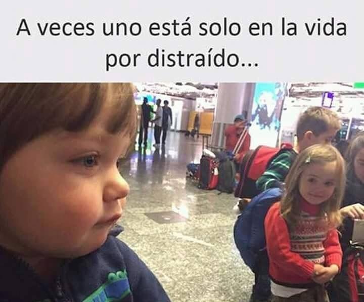 Dónde tenía la cabeza ... #memes #chistes #chistesmalos #imagenesgraciosas #humor http://www.megamemeces.com/memeces/imagenes-de-humor-vs-videos-divertidos